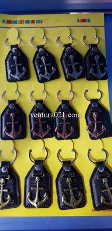 Брелок для ключей с якорем