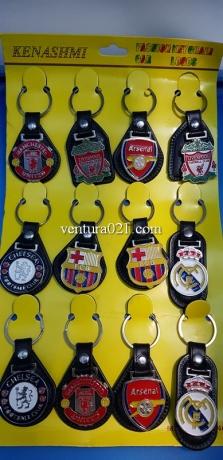 Брелок для ключей с футбольными командами